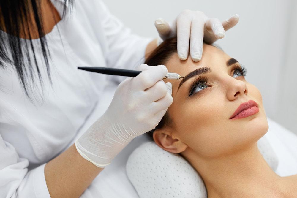 Tips for Finding Best Permanent Makeup Artist